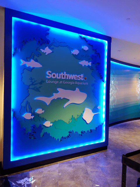 Georgia Aquarium Photo Op Wall During Install