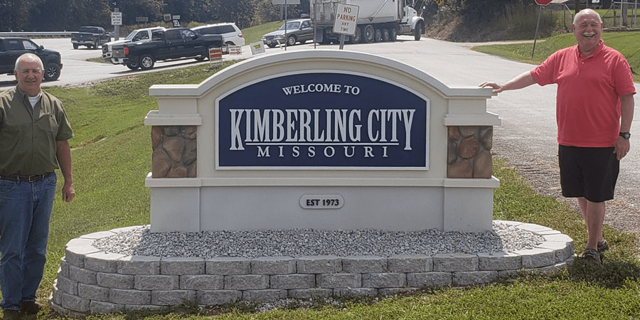 Kimberling City Entrance Signs Installed
