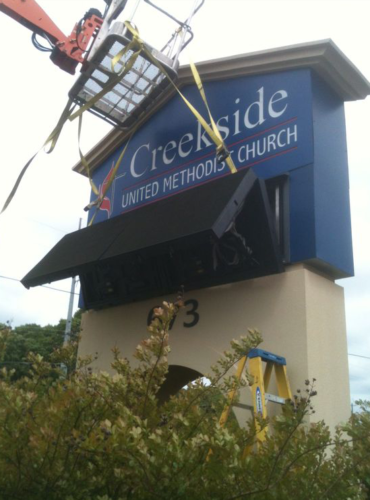 Creekside Methodist Church Full-Color LED Sign Monument