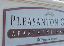 Pleasanton Glen Sign Monument